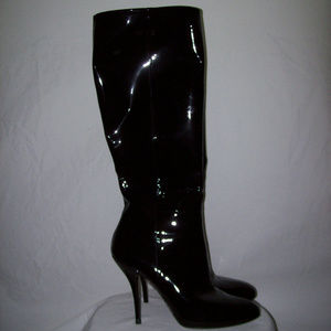 Gucci #225576 Black Patent Leather Pointy Toe Boot